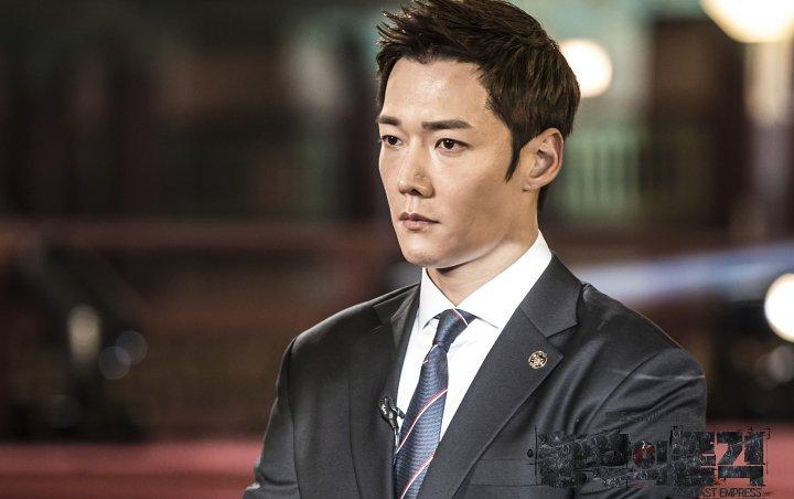 Korean Drama The Last Empress Ep 6: Na Wang Shik transforms